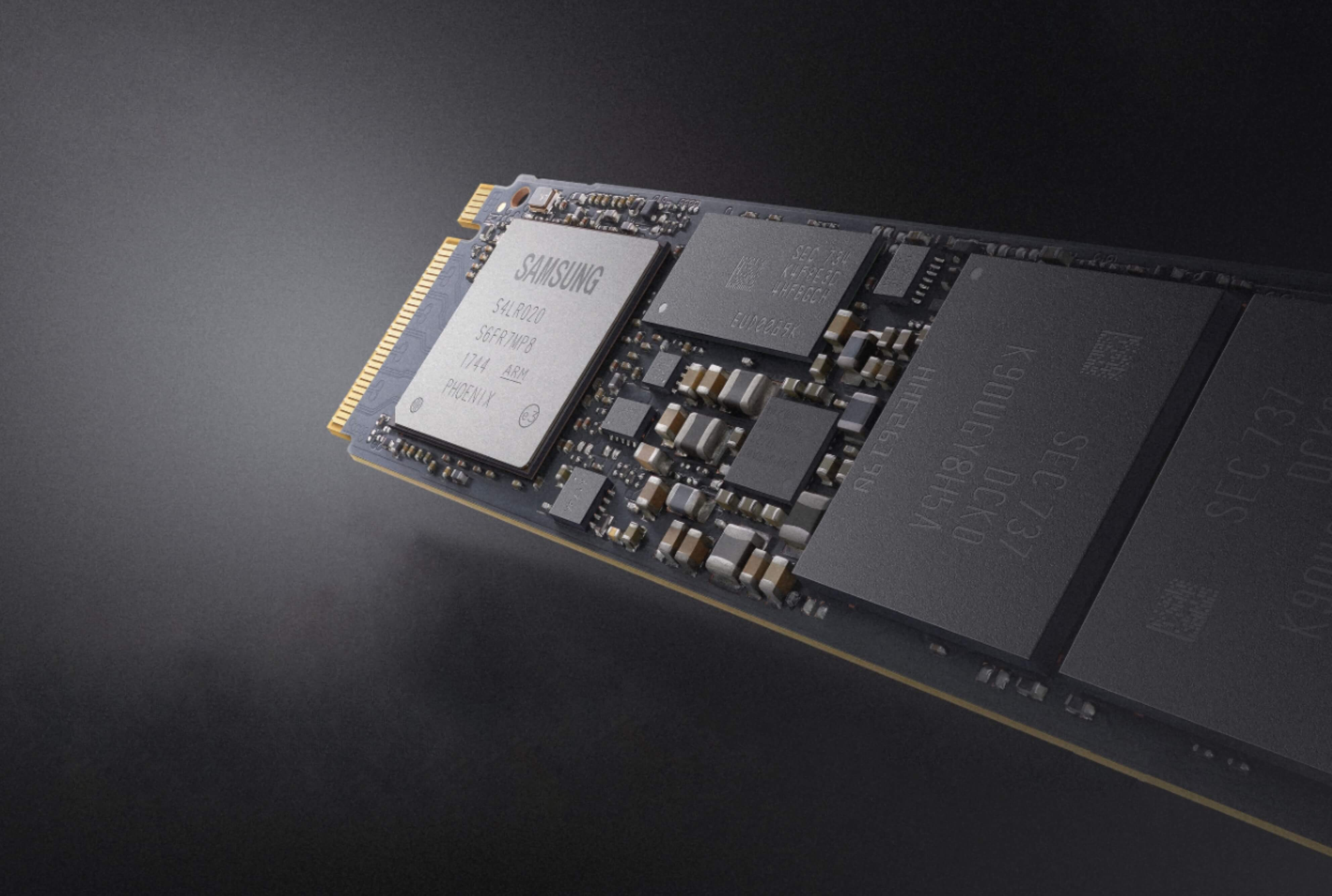 Seagate 500GB BarraCuda SSD SATA III 6Gb//s Internal SSD Drive with Corsair Dual