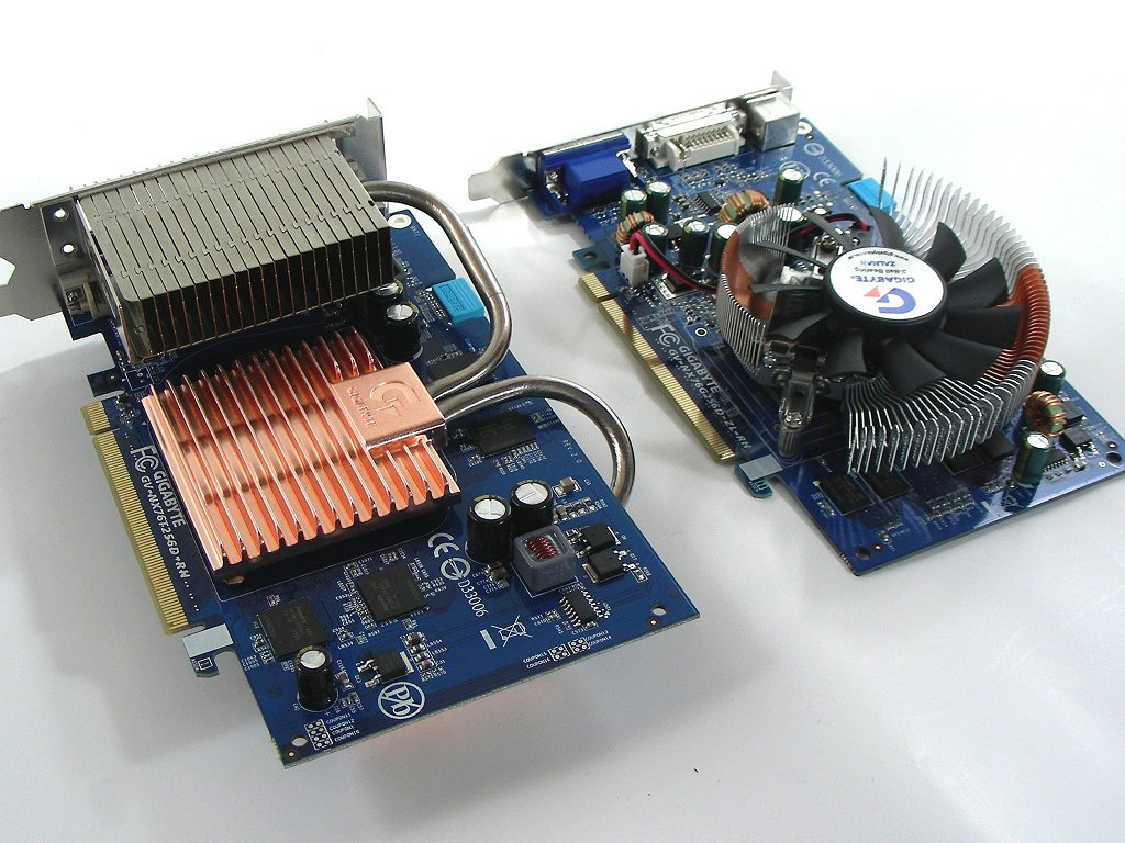 XFX GeForce 7600GT 256MB DDR3 PCI-E Dual DVI Tv out Graphics Card