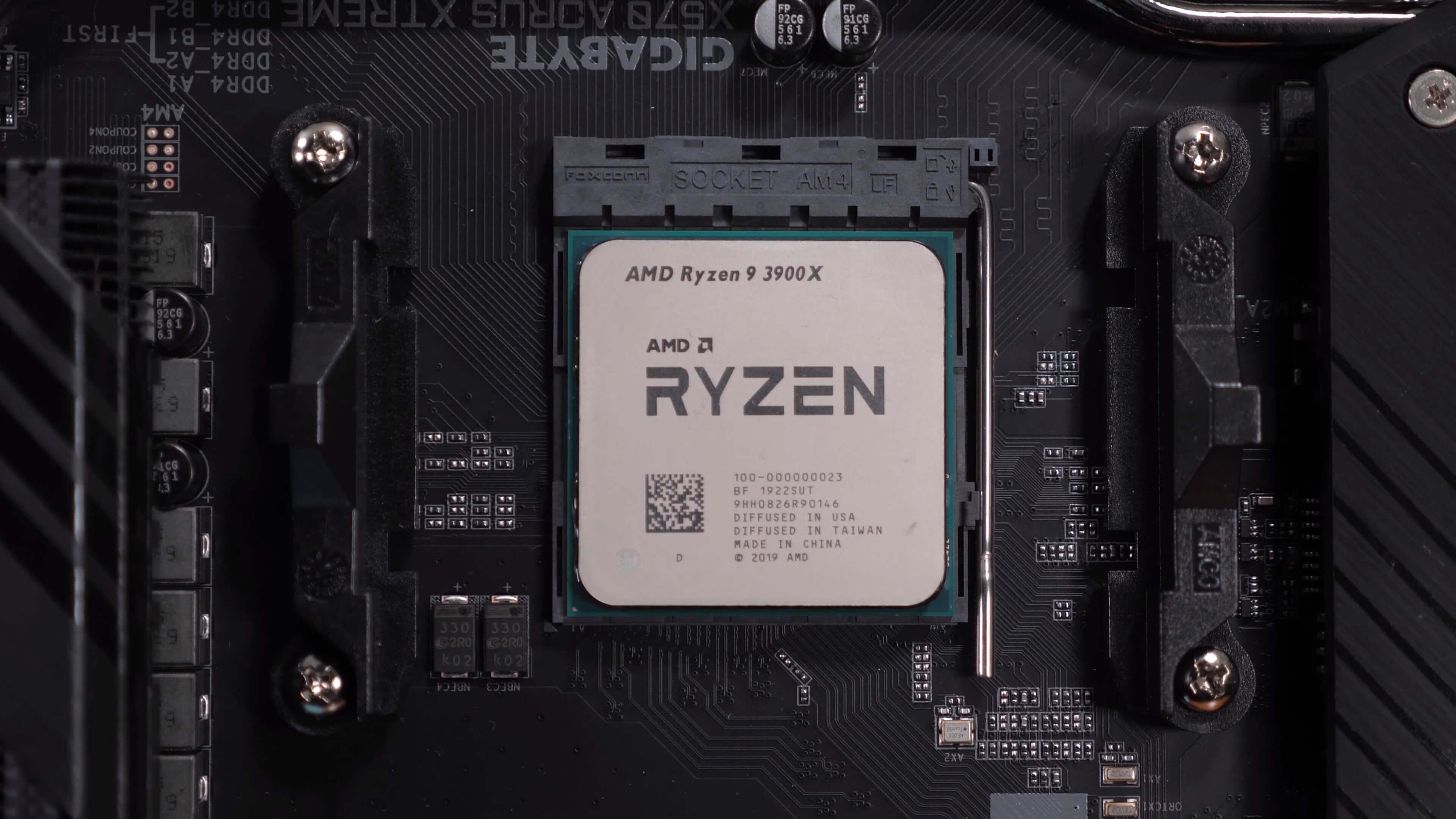 Ryzen 9 3900x Wraith Prism Rgb Stock Cooler Vs 360mm Aio Liquid Cooler