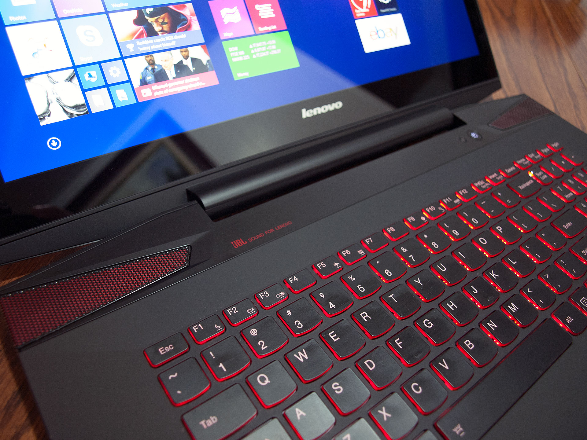 Lenovo Y70 Touch Laptop Review