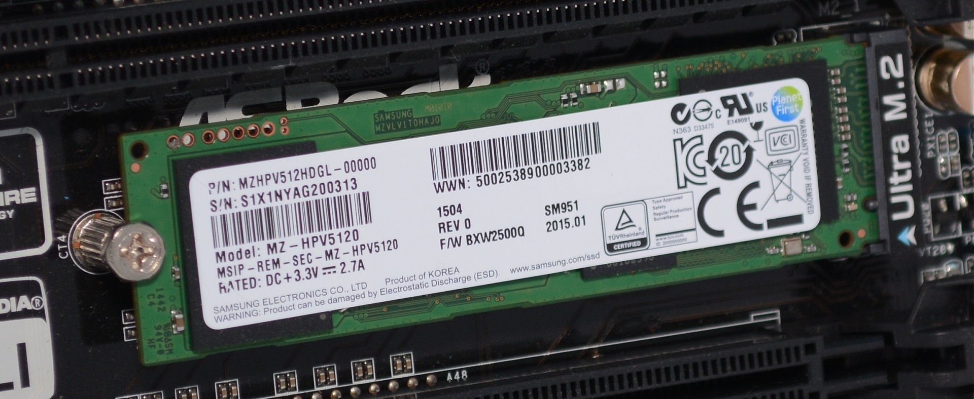 Samsung SM951 PCIe Review