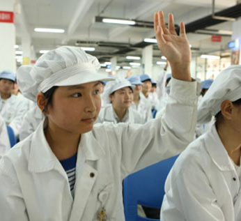 apple, foxconn, china, rights, child abuse, working conditions, child labor, worker abuse, underage workers, clw, china labor watch, industry news, labor laws