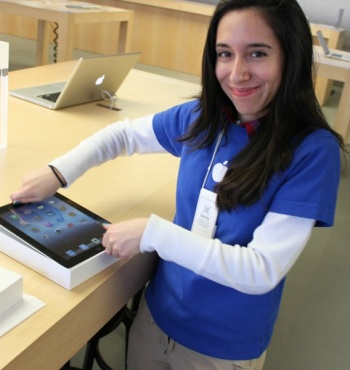 apple, ipad, macbook, apple store, wages, macs, raises, salaries, discounts, employee discounts