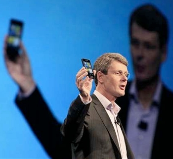 rim, samsung, analyst, smartphone, blackberry 10, bb10, gta 5
