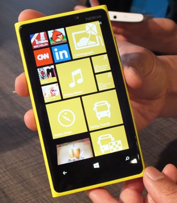 nokia, symbian, smartphone, financial results, lumia, stephen elop, quarterly report