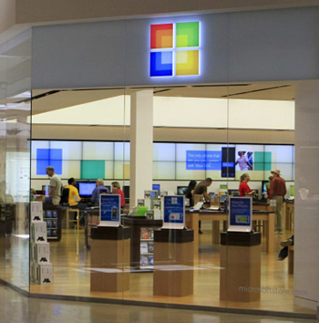 microsoft, pcs, holiday, holiday shopping, retail stores, brick and mortar, consumers, microsoft stores, retail shopping, apple stores