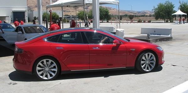 tesla ceo elon musk times model tesla range electric car model s elon musk ny times