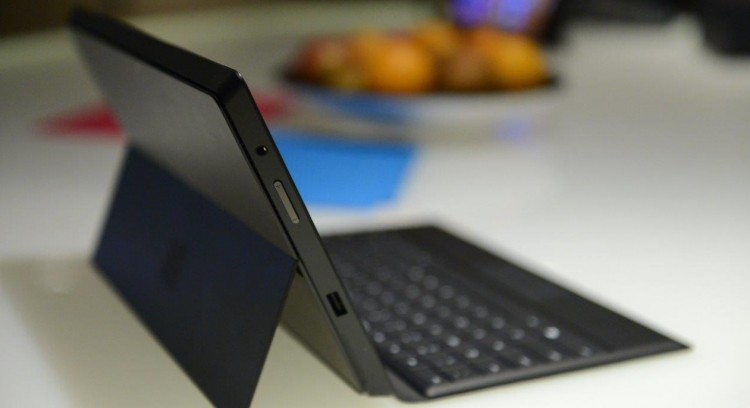 microsoft, tablet, windows 8, price cut, discount, microsoft surface, surface pro