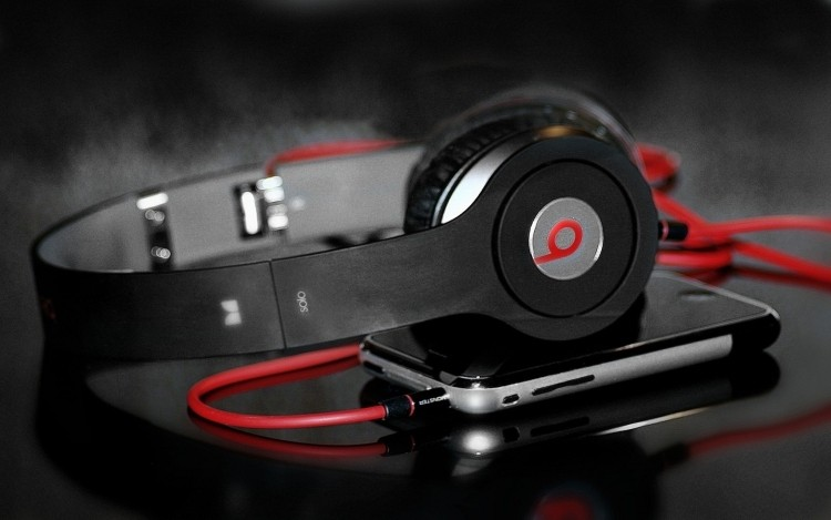 htc, partnership, beats, beats by dre, dr dre, jimmy iovine
