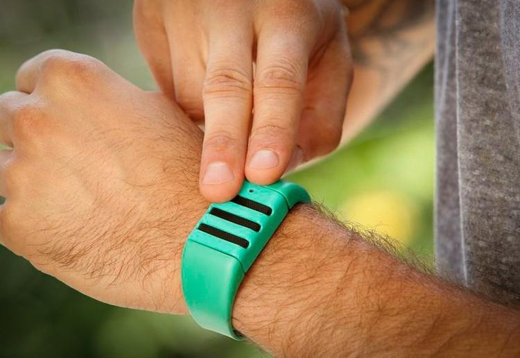 kickstarter, wristband