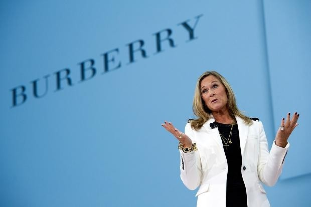 apple, ceo, apple store, retail, tim cook, angela ahrendts