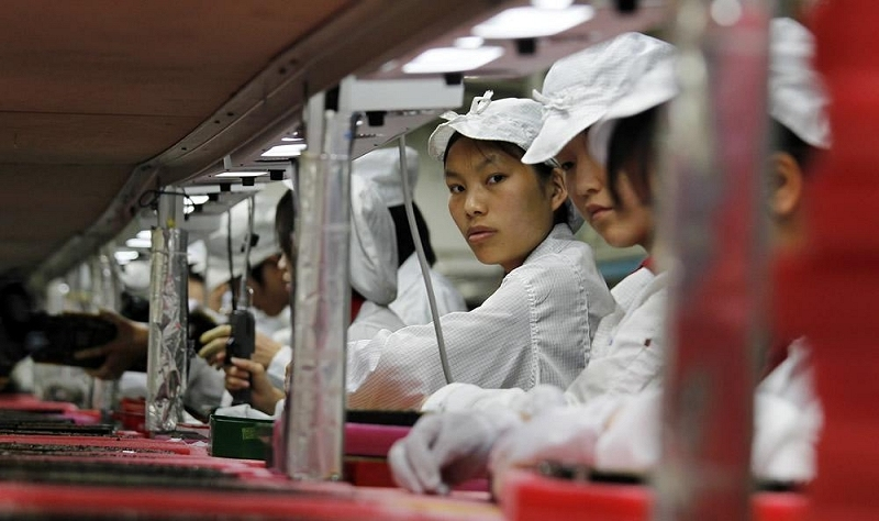 google, apple, foxconn, employees, wages, robots, iphone 6, apple watch