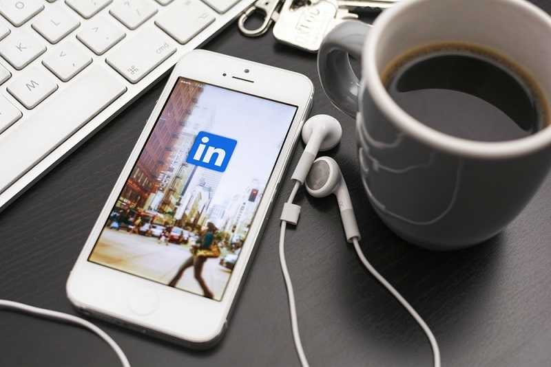 linkedin, acquisition, notification system