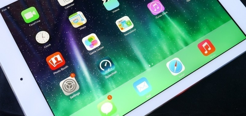 bloomberg ipad apple tablet slate enterprise businesses ipad pro large ipad ipad plus