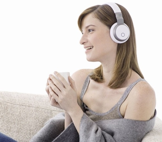 aivvy music kickstarter aivvy q aivvy q headphones smart headphones playlist personal dj
