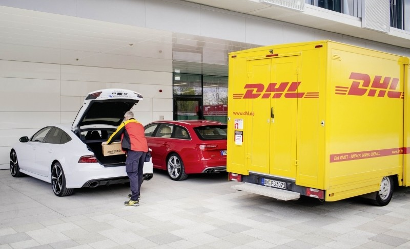amazon audi ecommerce package delivery delivery trunk dhl munich