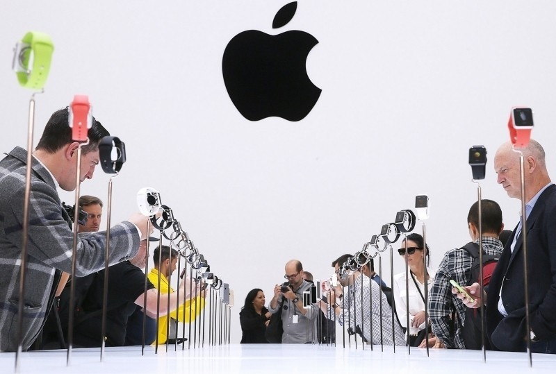 apple iphones ipads iphone ipad revenue quarterly earnings quarterly report