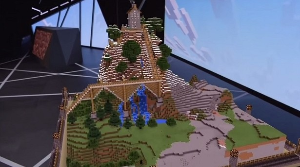 microsoft minecraft hololens gaming e3 mojang virtual reality vr augmented reality e3 2015