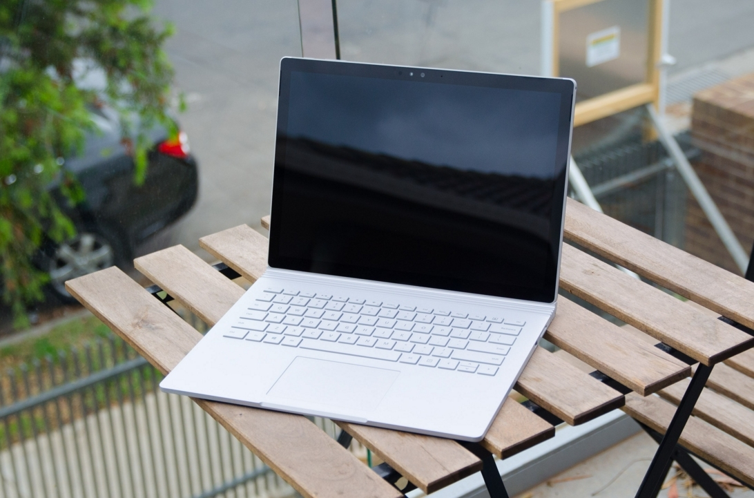 microsoft, tablet, 2-in-1, surface pro 4, surface book, surface pen, gold surface pen