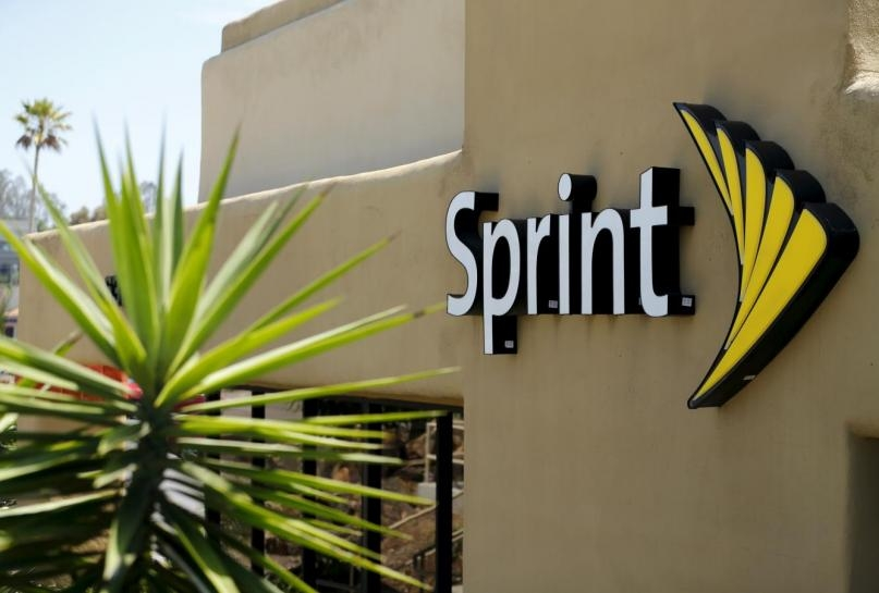 sprint, layoffs, wireless provider, wireless carrier, job cuts, customer service, mobile carrier