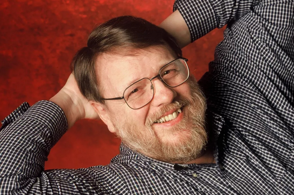 email, ray tomlinson, internet pioneer, internet hall of fame