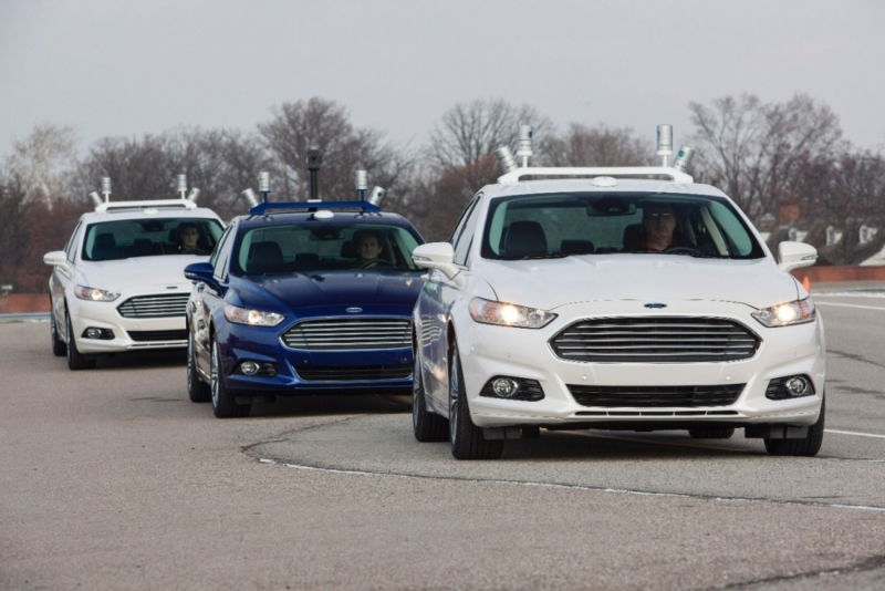 ford, patents, autonomous cars, self-driving car, in-car theatre, self-driving car entertainment, ford patent