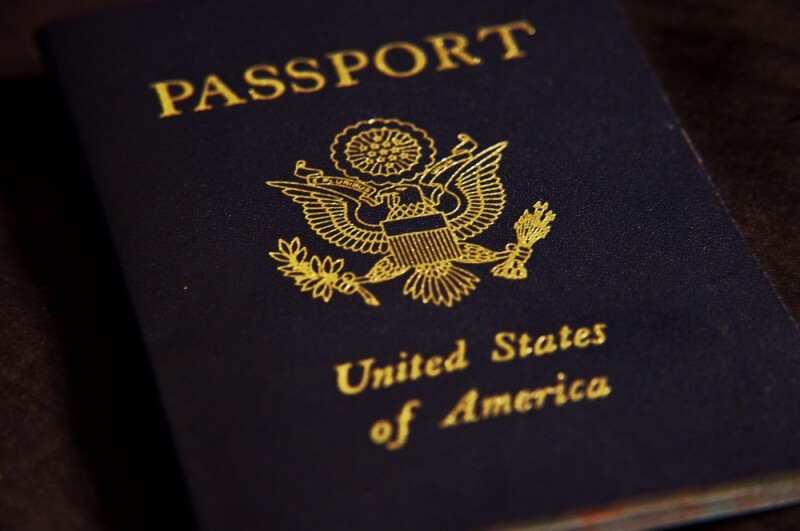 travel, air travel, digital passports, de la rue, paperless passports