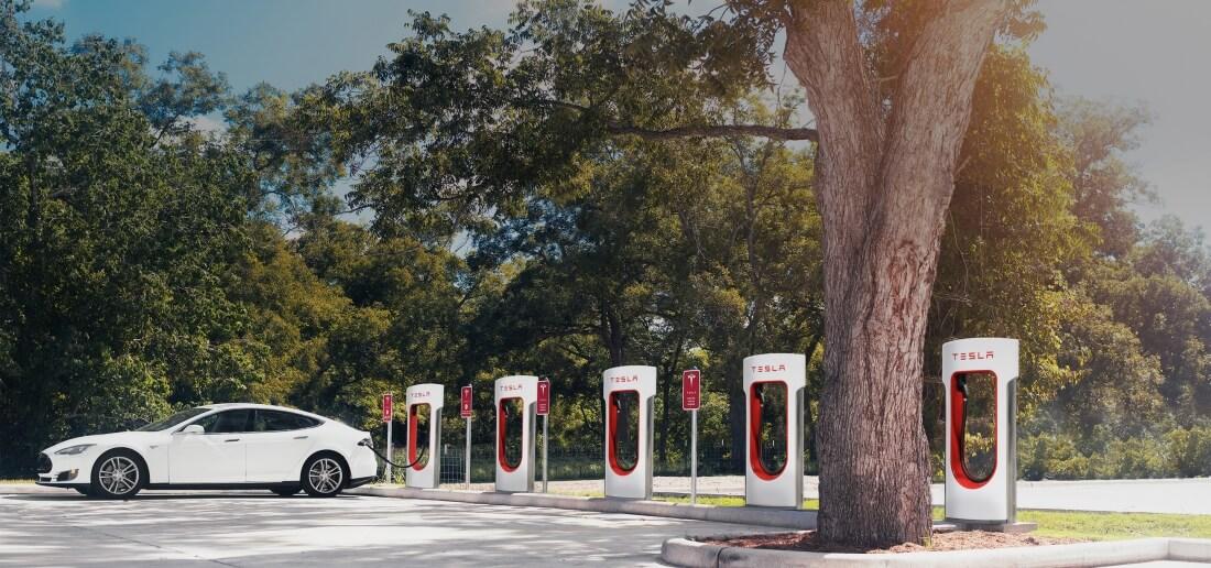free, tesla, electricity, supercharger, charging, elon musk, model 3, tesla model 3, free charging