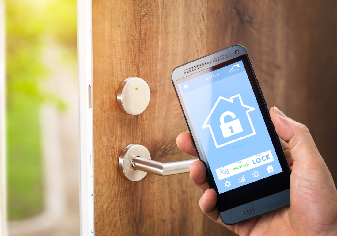 hacking, security, bluetooth, lock, smart home, iot, smart lock, def con 2016, connected lock, bluetooth smart lock, anthony rose, ben ramsey