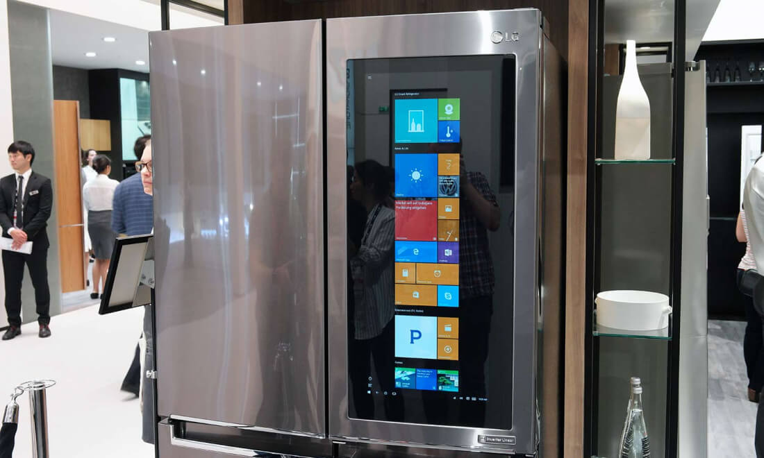 lg 39 s prototype fridge sports a massive semi transparent. Black Bedroom Furniture Sets. Home Design Ideas