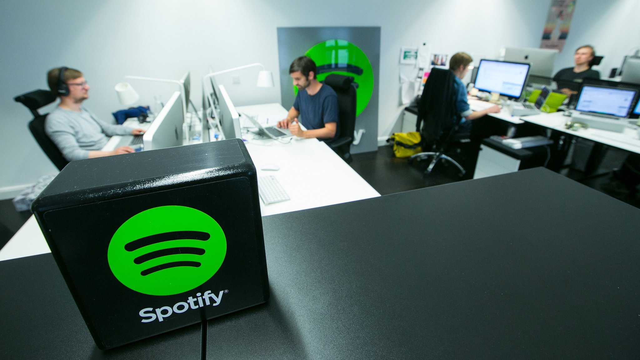 spotify, music, acquisition, soundcloud, apple music, streaming music