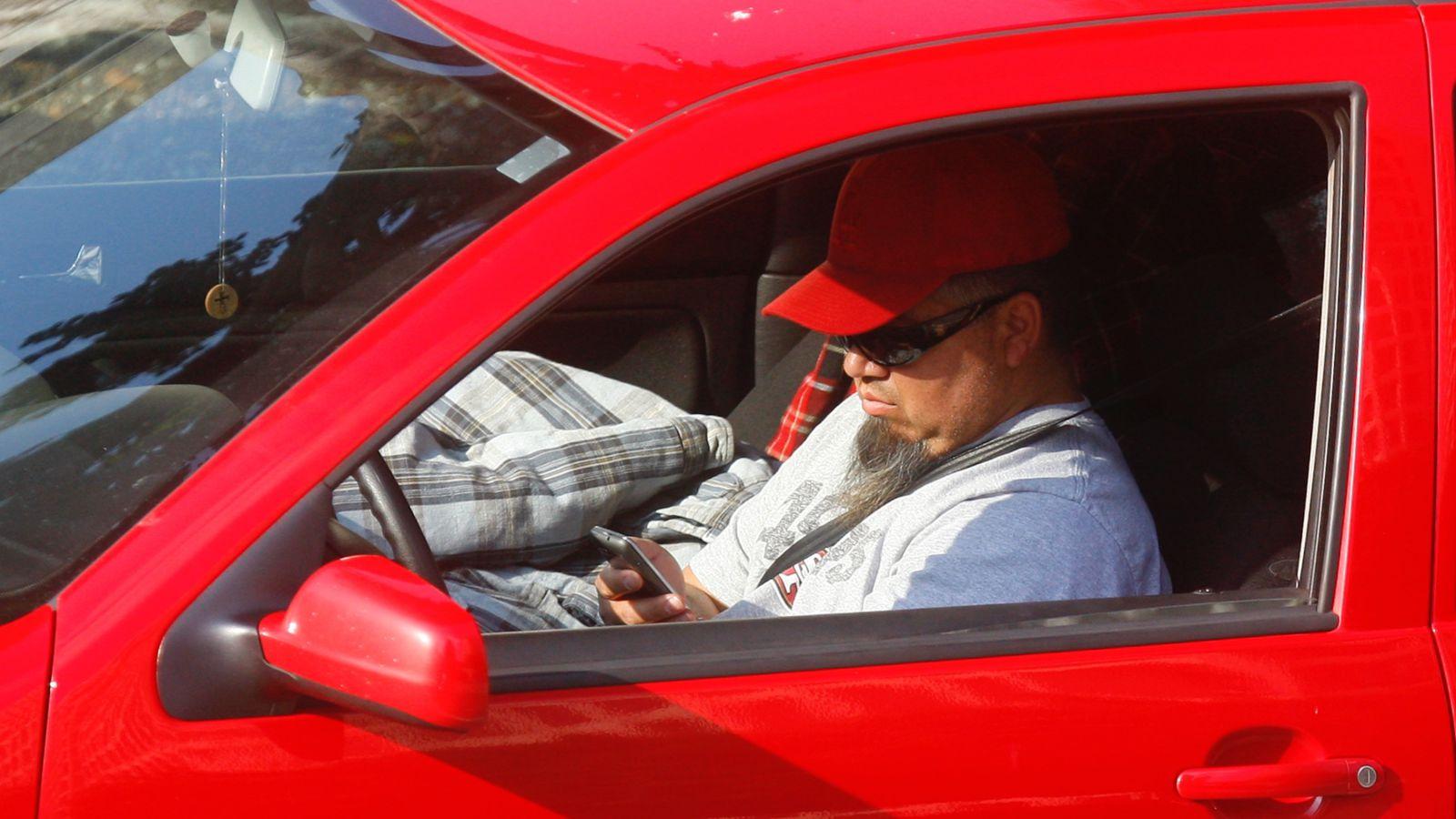 intel, texting and driving, security camera, distracted driving, movidius, hikvision