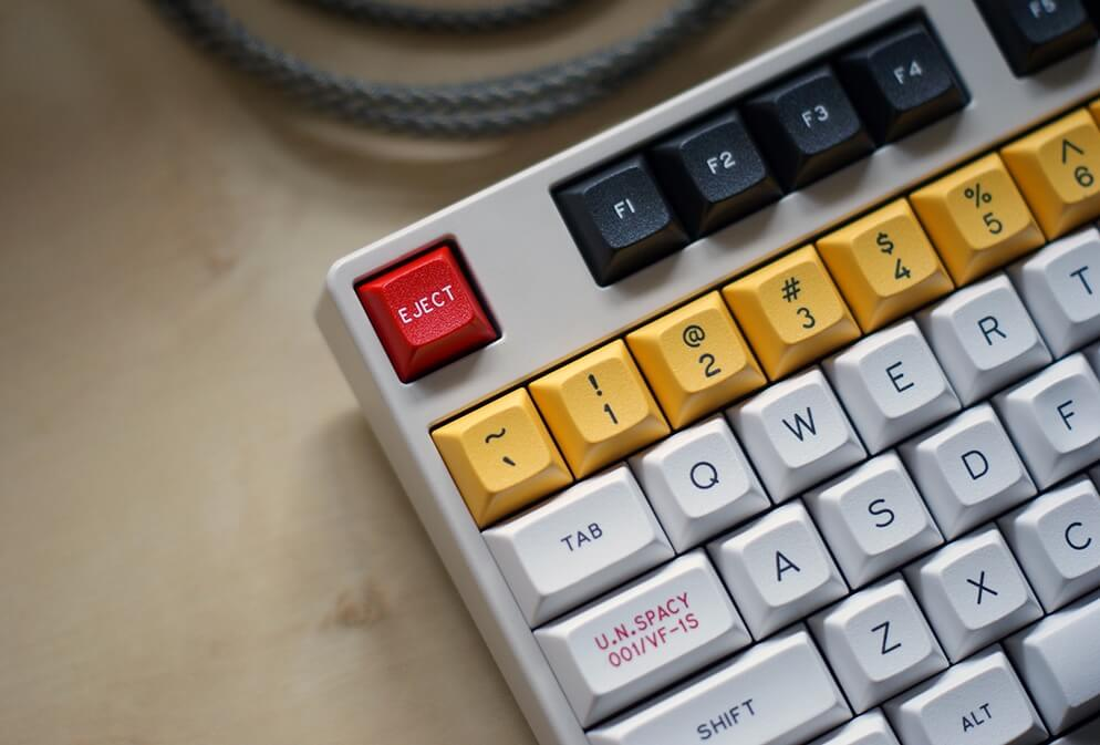 qwerty, keyboard, peripherals, regional, dvorak, colemak, qwertz, azerty, maltron, jcuken, bepo