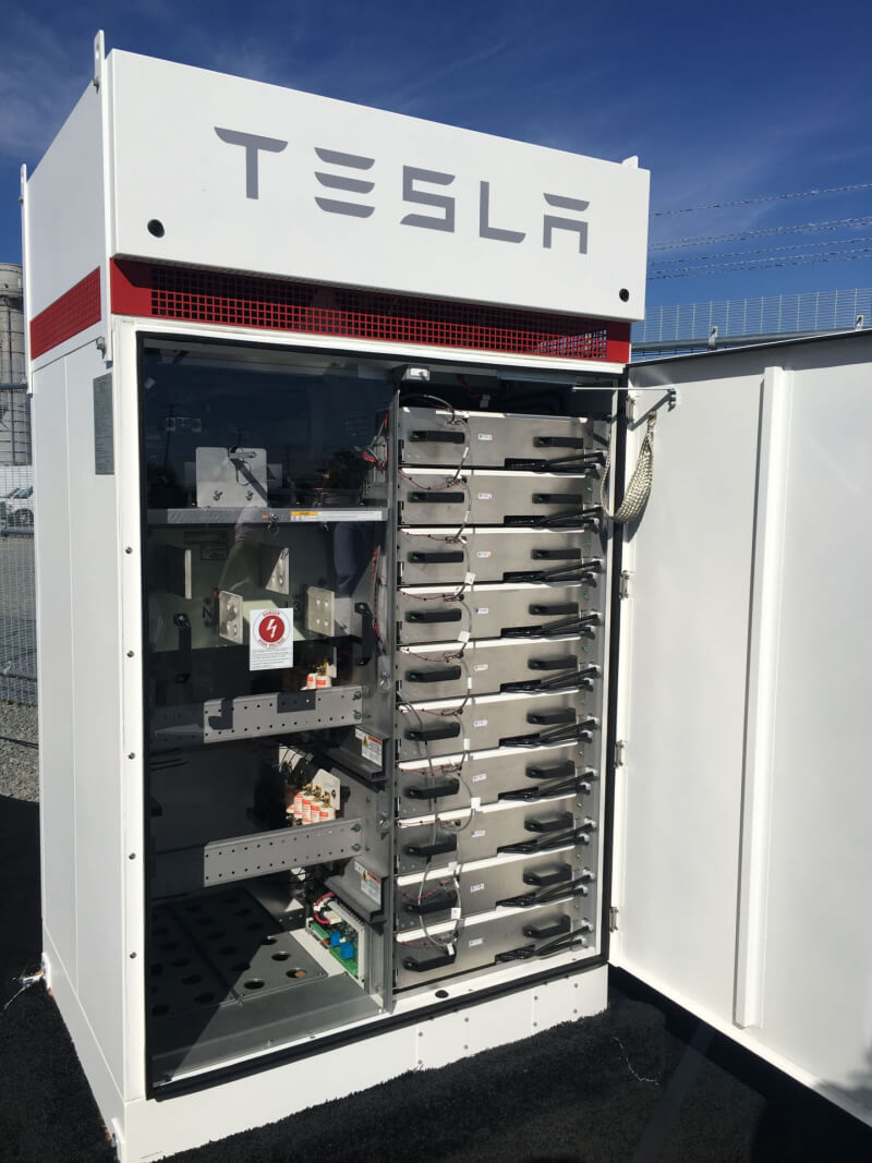 tesla mobile homes with 67982 Tesla Grid Connected Powerpack Station  Es Online California on Spain Court Exempts Banks From Mortgage Tax In Ruling Reversal furthermore 76321684 furthermore Lexus 2018 Lc500 Review There Are Better Ways To Spend 100 000 moreover 67982 Tesla Grid Connected Powerpack Station  es Online California moreover Elon Musk Solar Roofs.
