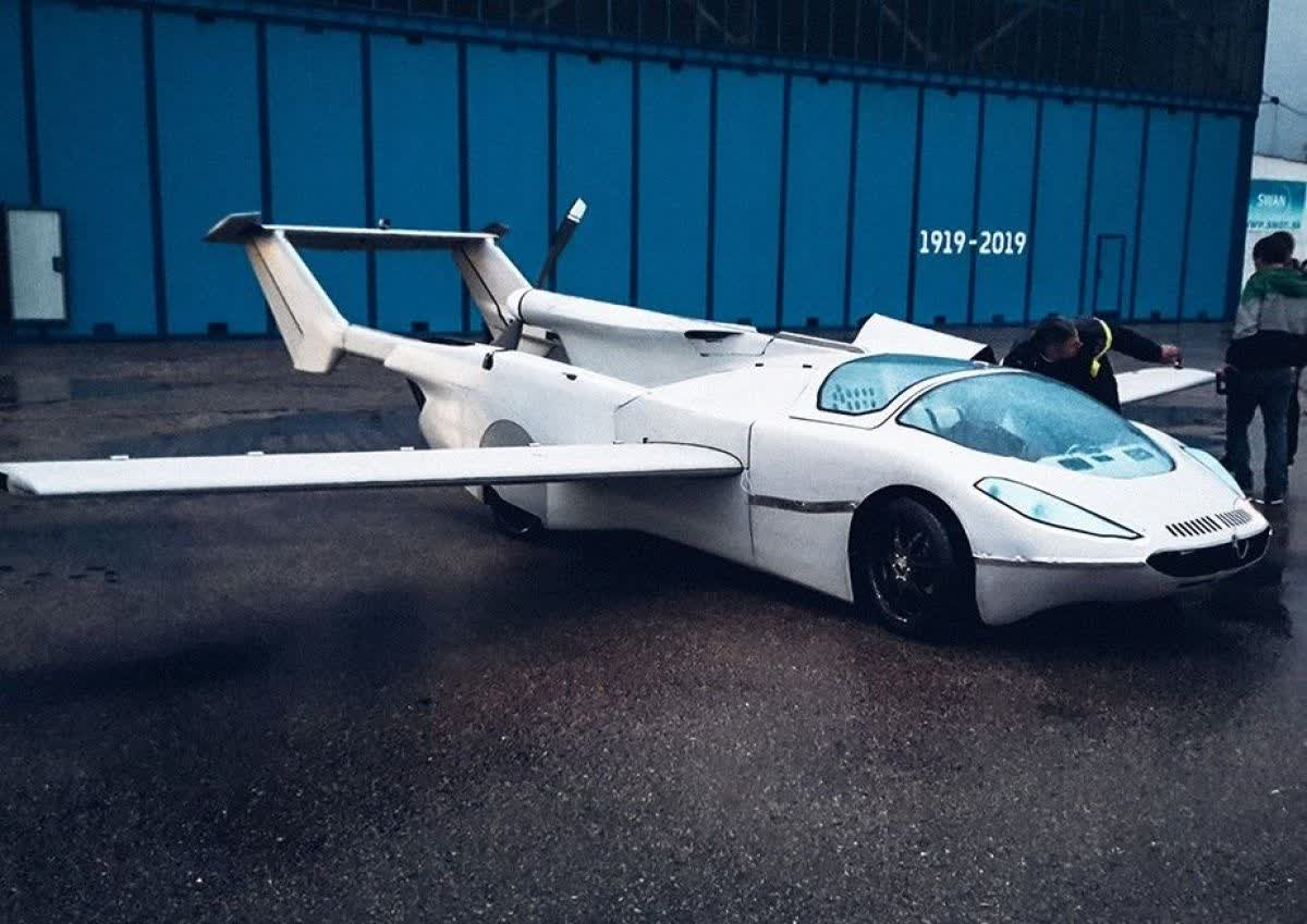 The transforming AirCar is the flying car of your dreams