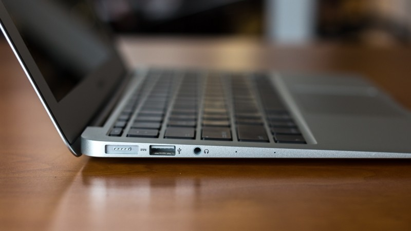 Apple Reportedly Set To Redesign The Macbook Air With Usb
