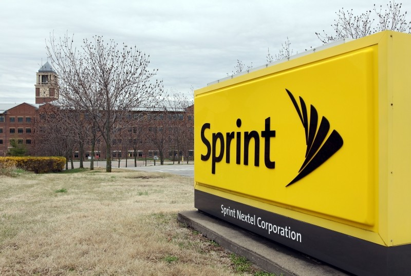 sprint, wireless provider, wireless carrier, contract, subsidy, marcelo claure, tarek robbiati