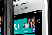 Nokia discussing WP8 exclusivity agreements with EU carriers