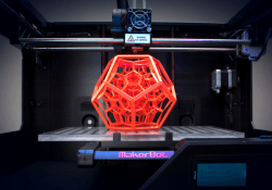 MakerBot hit with class action lawsuit alleging it knowingly shipped flawed printers