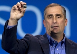 Intel extends SD card-sized PC line with slightly larger Atom-based version