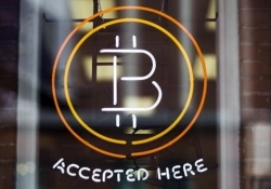 California governor legalizes Bitcoin and other digital currencies