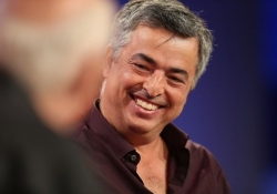 Eddy Cue says Apple's best product pipeline in 25 years is coming in 2014