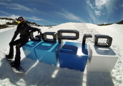 GoPro debuts on stock market, shares pop 30 percent in early trading