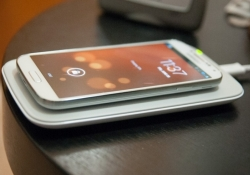 Qi wireless charging will soon work over greater distances
