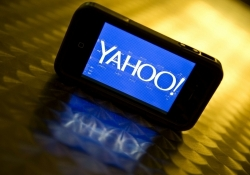Yahoo to shut down another batch of products as activist investor pushes for AOL acquisition