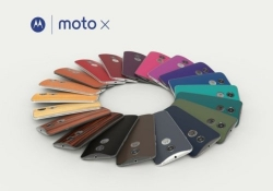 Moto X and Moto Hint pre-orders start tomorrow, Moto 360 will be back in stock, too