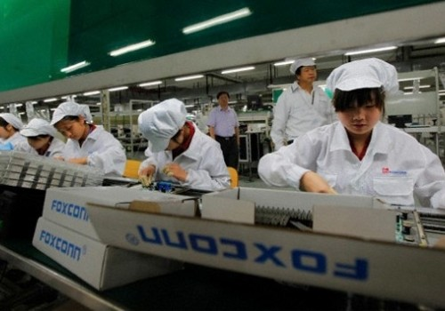 Robots at Foxconn factory replace 60,000 employees