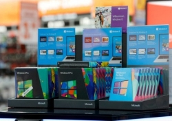 Microsoft will no longer sell retail copies of Windows 8, consumer versions of Windows 7 to OEMs
