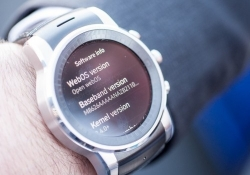 LG prototype smartwatch is powered by webOS, looks stunning