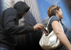 Smartphone 'kill switches' are cutting down on theft in big cities